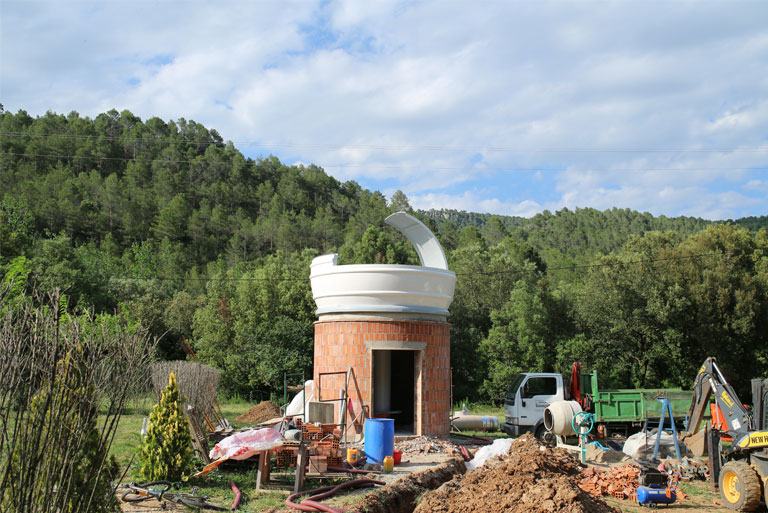 The largest astronomical observatory in Girona is taking shape