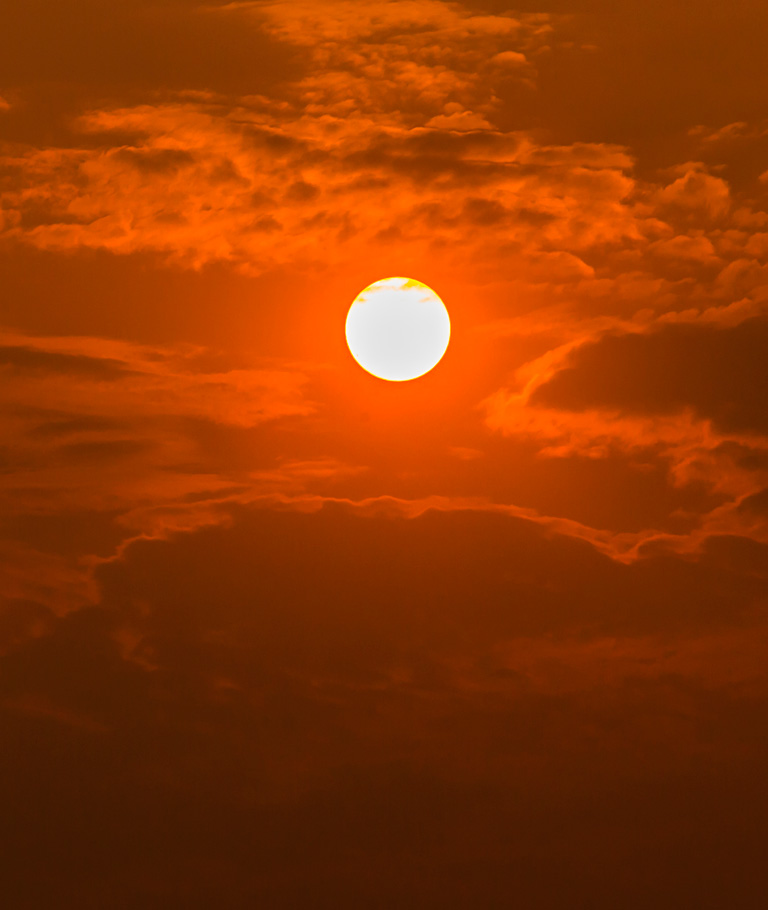 Sungazing Saturday 21th April